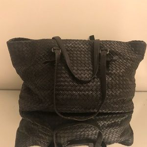 2f4b287a389 Bottega Veneta Bags - Bottega Veneta brown woven leather tote bag